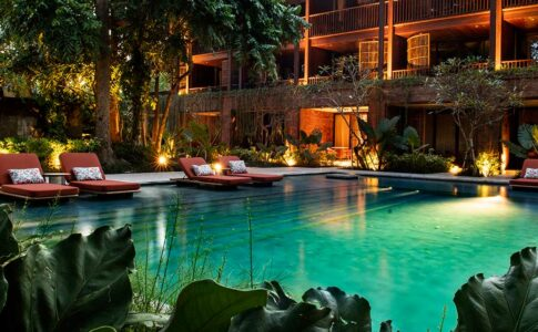 Andaz pool
